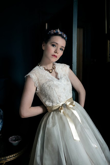 'CHANTILLY' vintage wedding dress design. A pretty and classic 1950s style in Italian silk organdie and lace.
