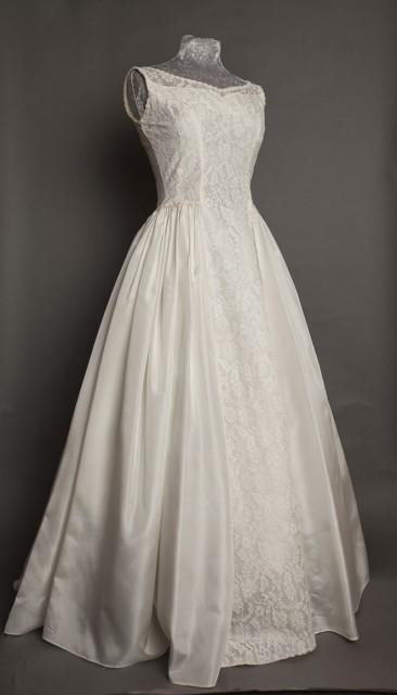 50s simple vintage wedding dress Emma Domb