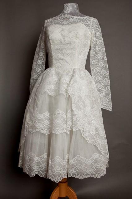 classic 50s wedding dress long sleeves full skirt