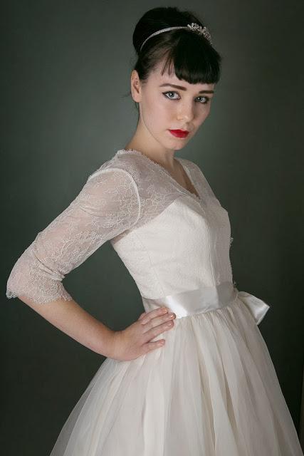 1950s Vintage Wedding Dress 'Chantilly' c. HEAVENLY VINTAGE BRIDES - pretty, floaty skirt