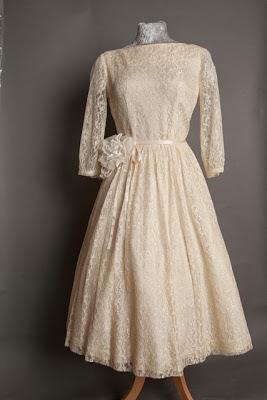 1950s lace wedding dresses, c Heavenly Vintage Brides, boat neck style