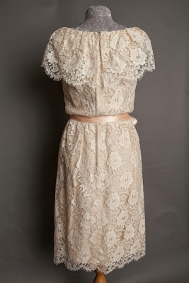 A guide to vintage lace wedding dresses, back of late 1950s lace wedding dress with ruffle neckline