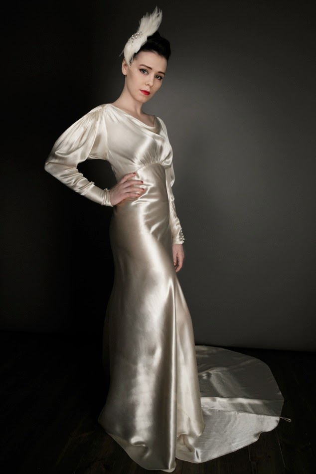 30-deco-satin-wedding-gown