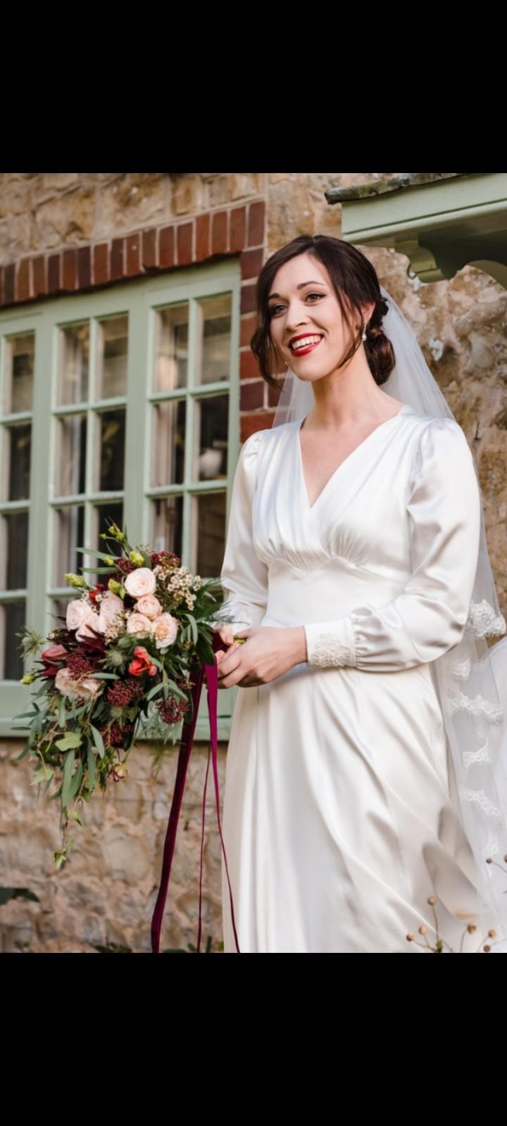 Real bride Sphie in 1940s style wedding dress